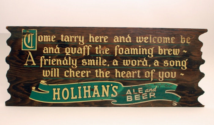 Holihans Wood Diecut Green Beer