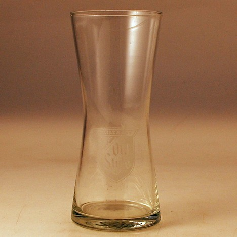 Heileman's Old Style Clear Print Glass 2 Beer