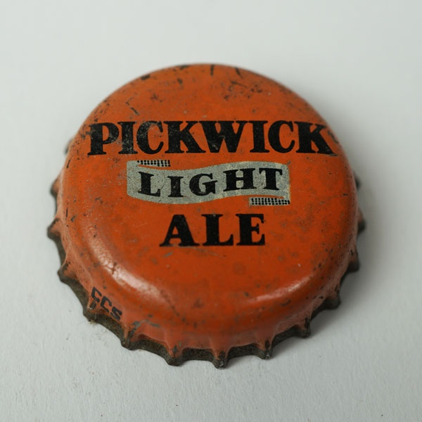 Pickwick Light Ale Crown Beer